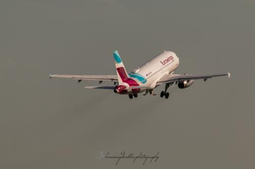Airbus A319-132, OE-LYW