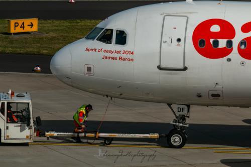 Airbus A319-111, G-EZDF