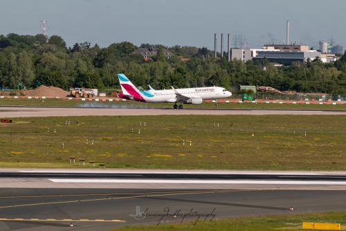 Airbus A320-214, OE-IEU