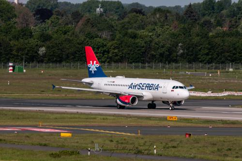Airbus A319-132, YU-APB